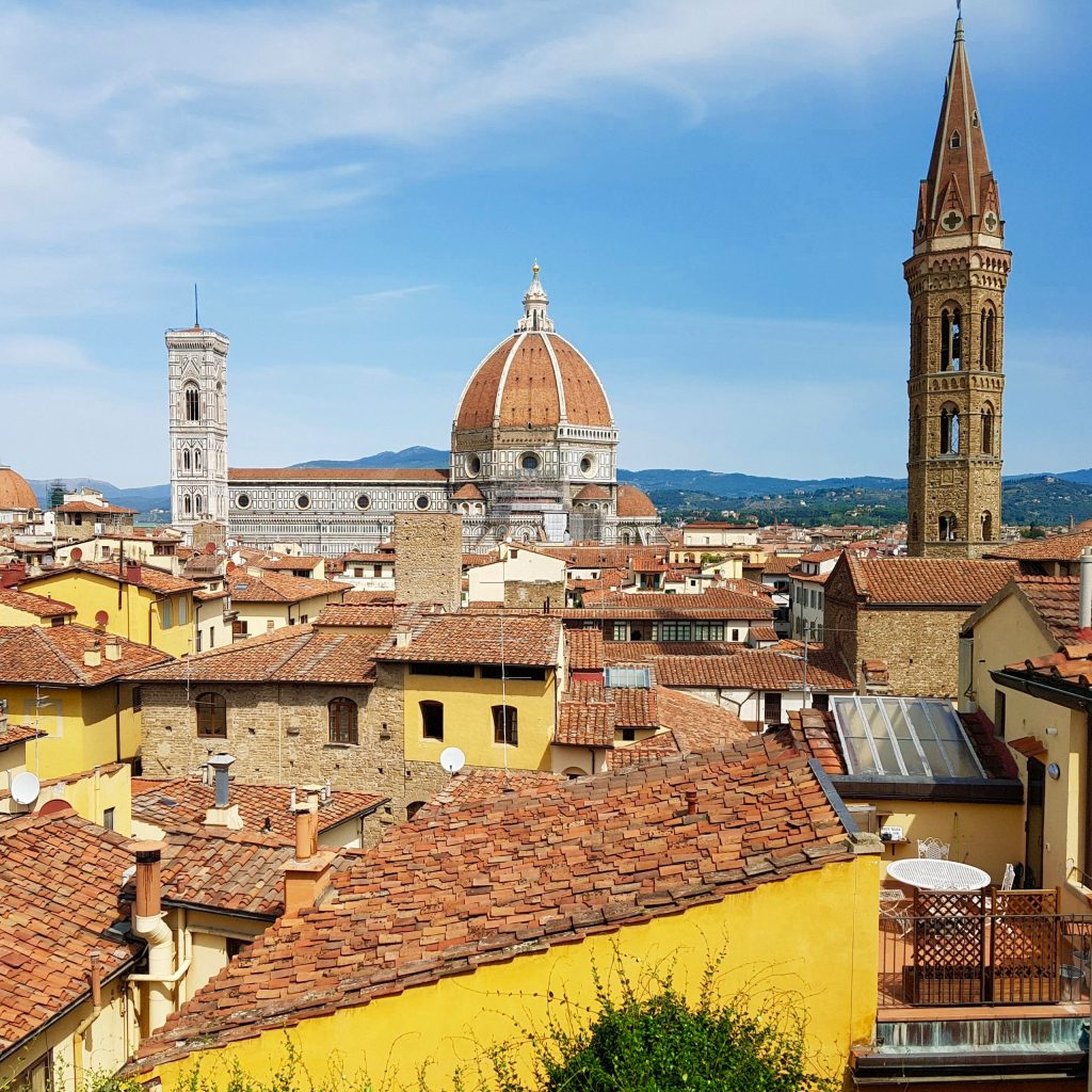Summer view of Florence duomo